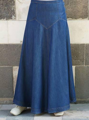 3483b029e تنورة جينز مع طيات جذابة و أزرار على الجانب